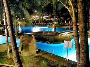 Dusit 5 star hotels in Phuket Thailand